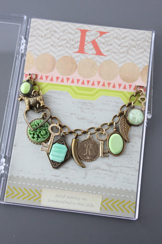 CMB11 VINTAGE MINT GREEN GLASS CHARM BRACELET