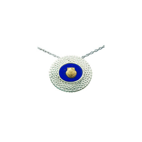 "3/4"" Oval Nantucket Basket Pendant with 14K Shell"