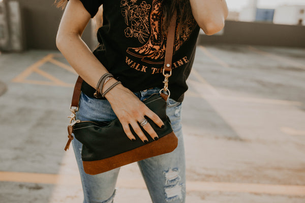 The Willamette Crossbody in Leather