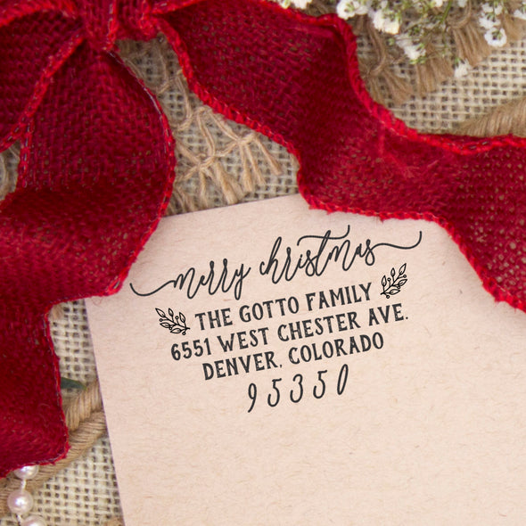 "Return Address Stamp ""Merry Christmas With Mistletoe"""