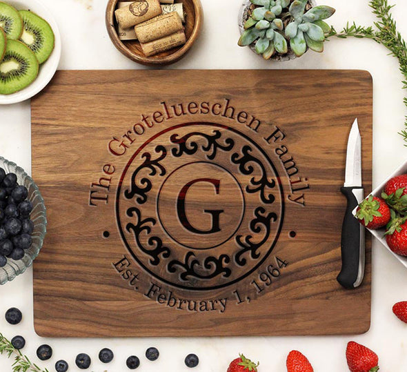"Cutting Board ""Grotelueschen Family Filigree"""