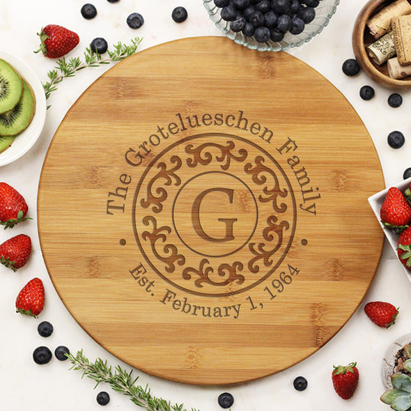 "Round Cutting Board ""Grotelueschen Family Filigree"""