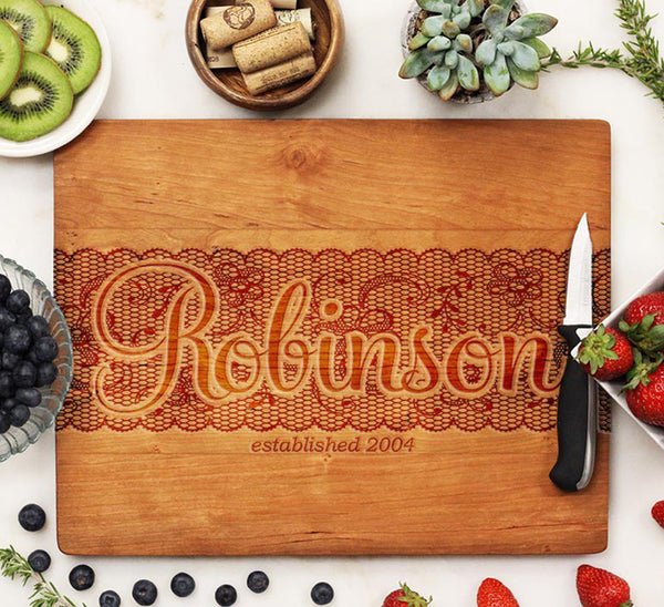 "Cutting Board ""Robinson Lace Design"""