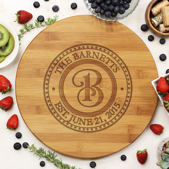 "Round Cutting Board ""Barnetts Curly Initial"""