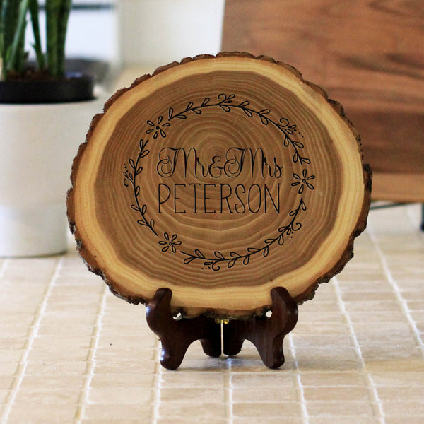 "Wood Plaque ""Mr & Mrs Peterson"""