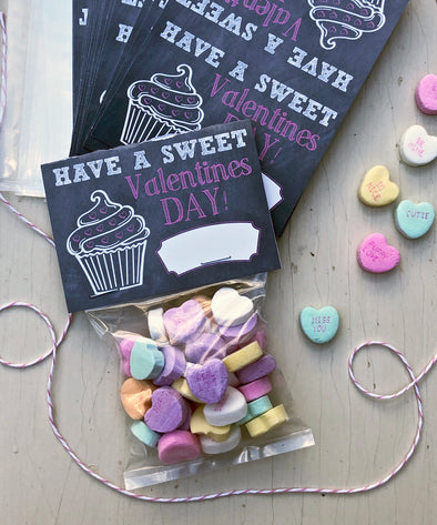 "Valentine Cards with Goodie Bags (Set of 20) - ""Sweet Valentine Cupcake"""