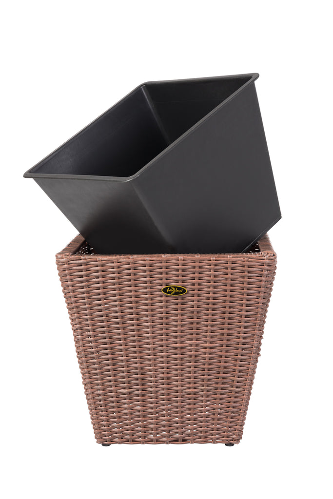 Piazza 2-piece Wicker Planter Set