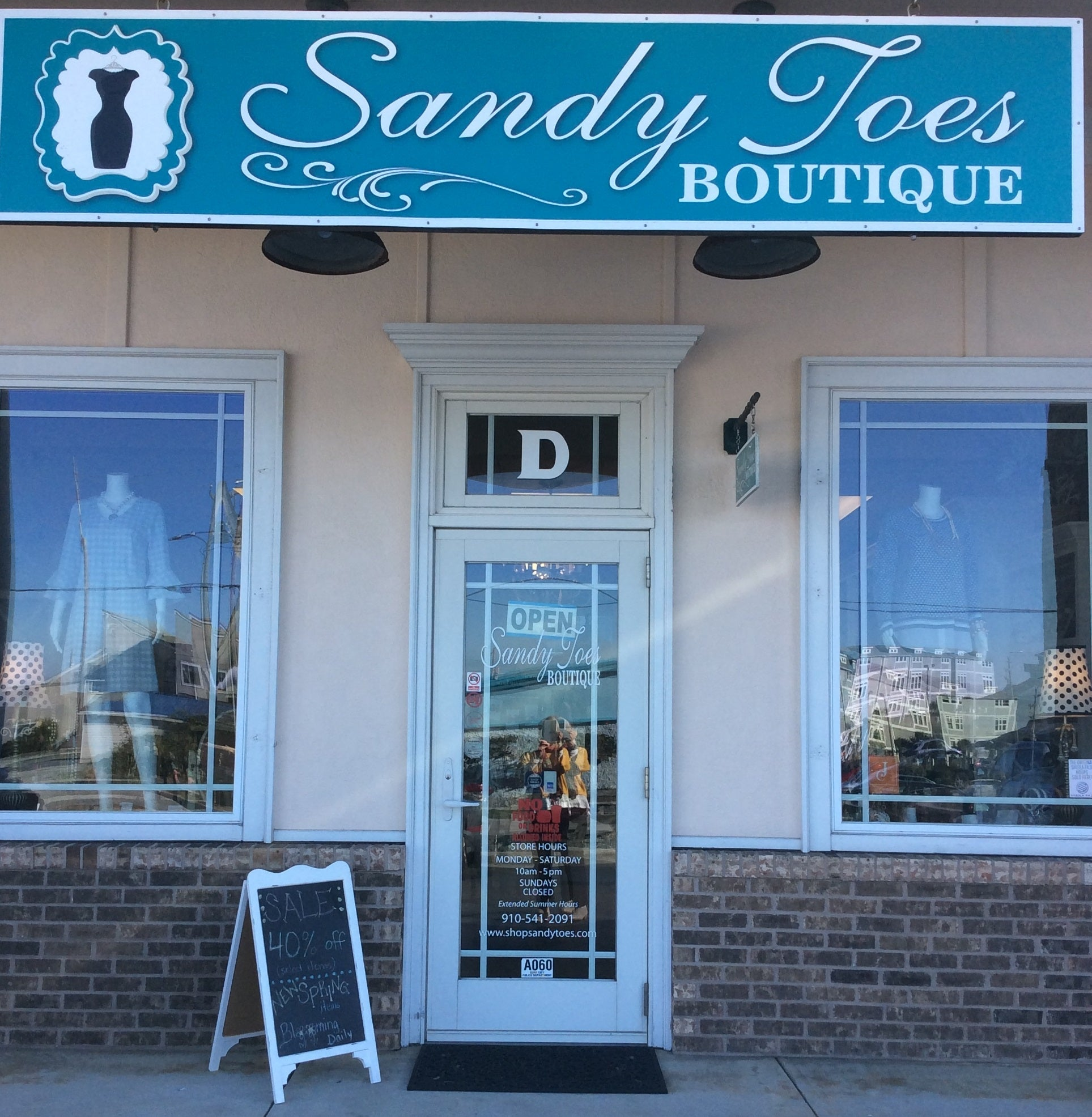 Sandy Toes Boutique Surf City North Carolina Women's Shop Retail Store