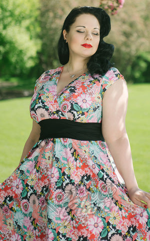 Retrolicious vintage inspired In Wonderland Dress with pockets