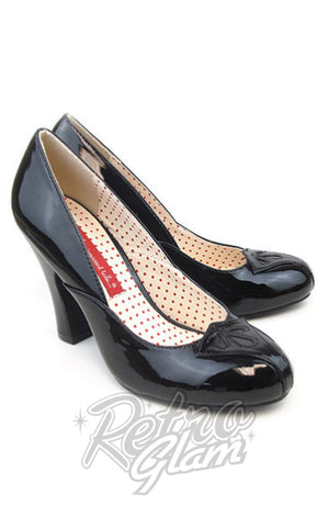 B.A.I.T patent Vonda 1940s Pumps in Black with peak on opening towards toe pair