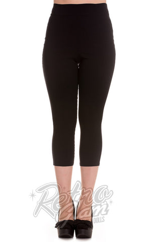 Hell Bunny Tina Capris in Black front