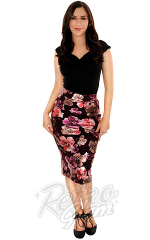 Retrolicious Boss Lady Pencil Skirt in Floral