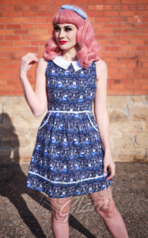 Retrolicious Collared Dress in Foxes Print