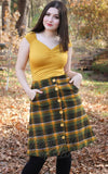 Retrolicious Isabel Top in Mustard model