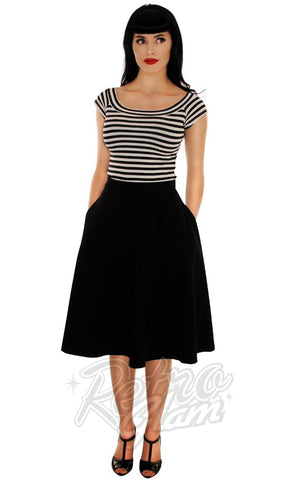 Retrolicious Striped Boat Neck Top in Black & White
