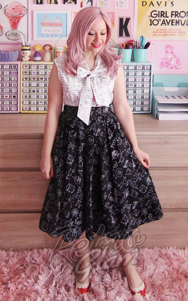 Retrolicious Doris Skirt in Equations Print