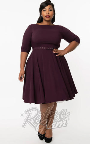 Unique Vintage 1950's Devon Swing Dress in Eggplant curvy
