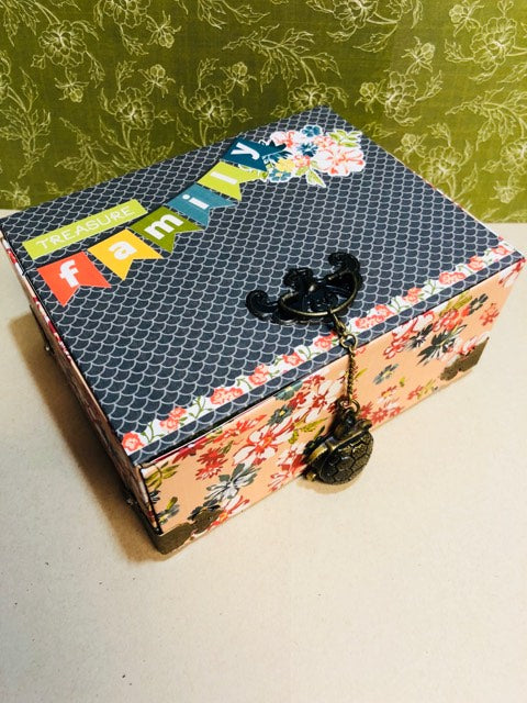 Pop Up A2 Greeting Card Box