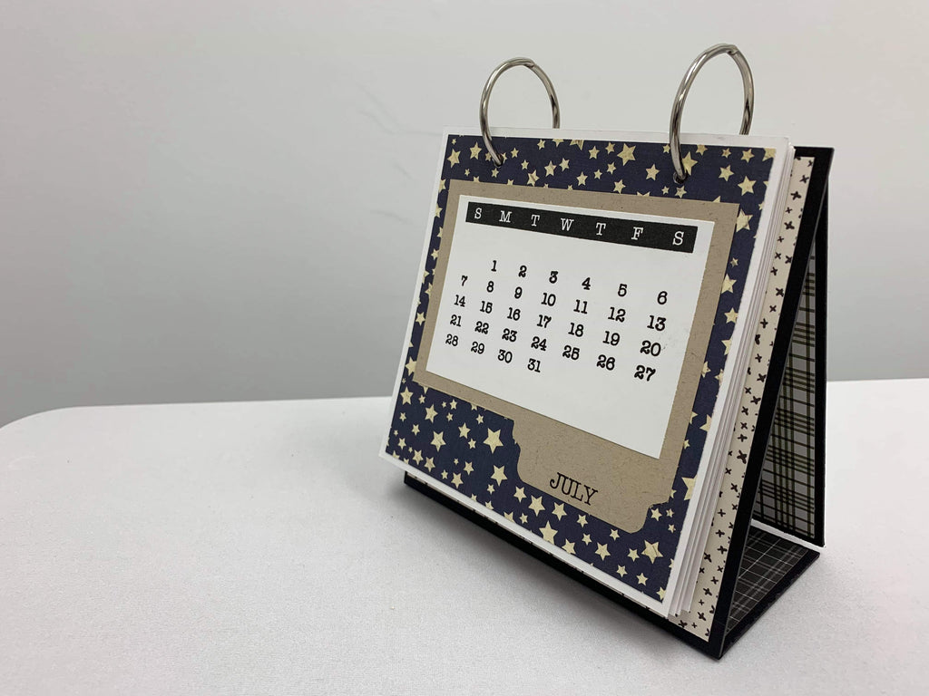 Desk Calendar that Becomes a Mini Album