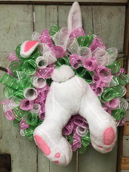 Bunny Jumping through Wreath Kit