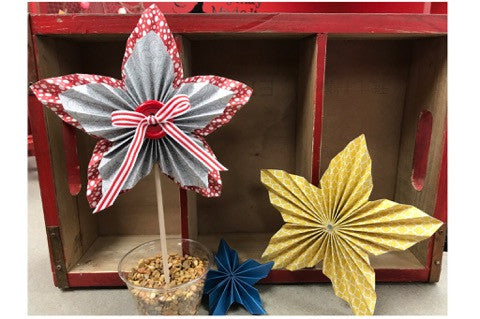 Rosette Stars for July 4th Centerpiece