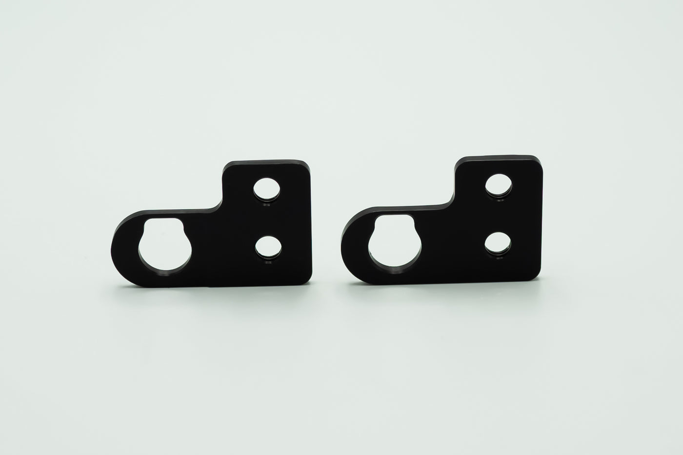 OEM signal adapters for the Daedalus Tail Tidy | BMW R nineT