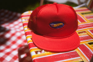HOT BOYS TRUCKER HAT [RED]