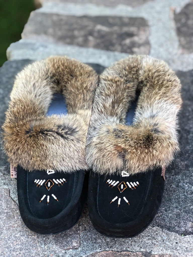Classic Fur Moccasins-Black with Natural Fur