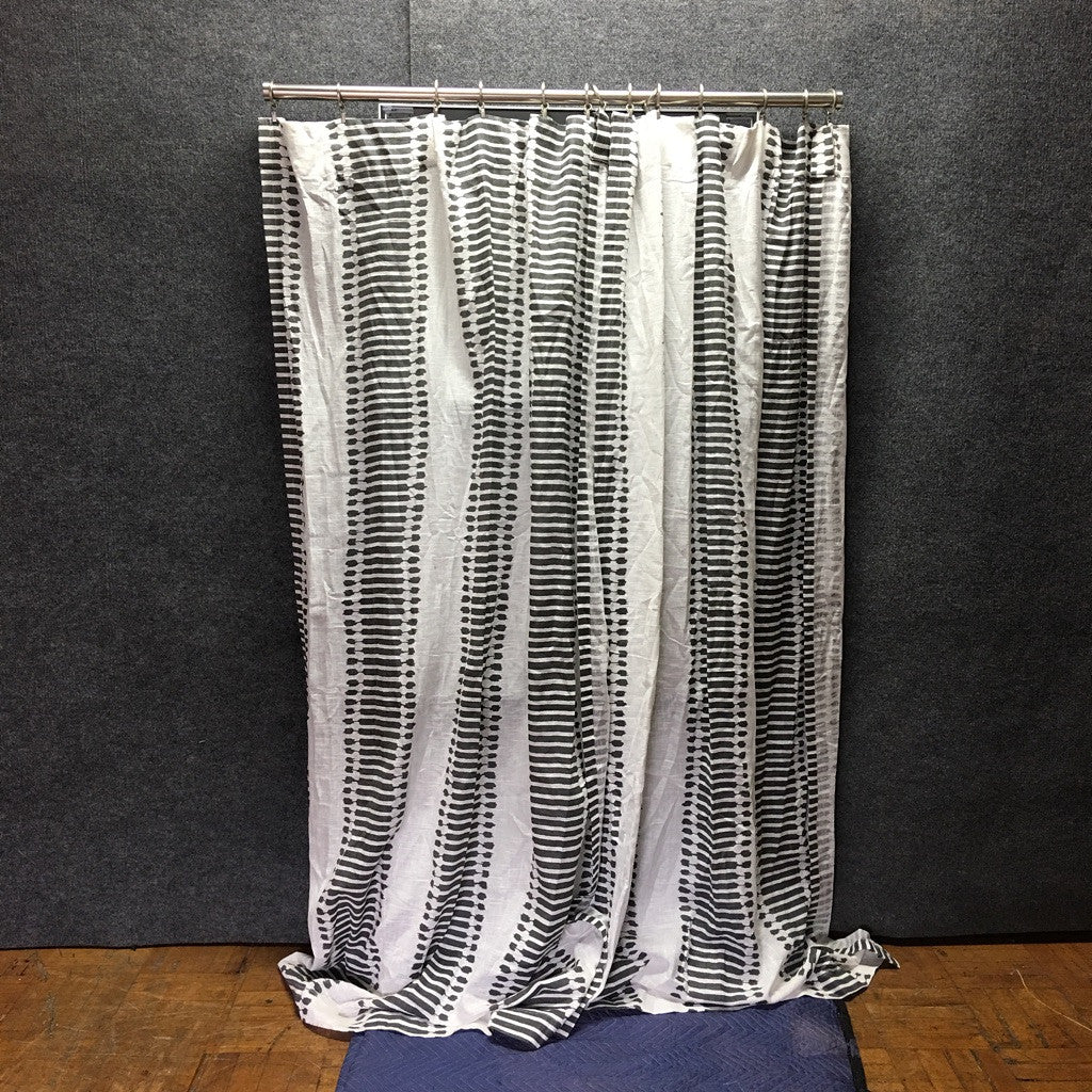 4' Decor Window Curtain w/ Metal Rod (#6757)