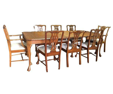 Traditional 9-Piece Queen Anne Dining Table Set w/ Leafs (#6336) - The Things And Stuff - 1