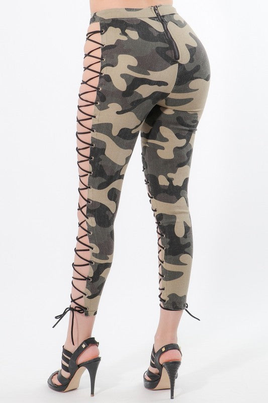 Kailyn Laced-Up Leggings