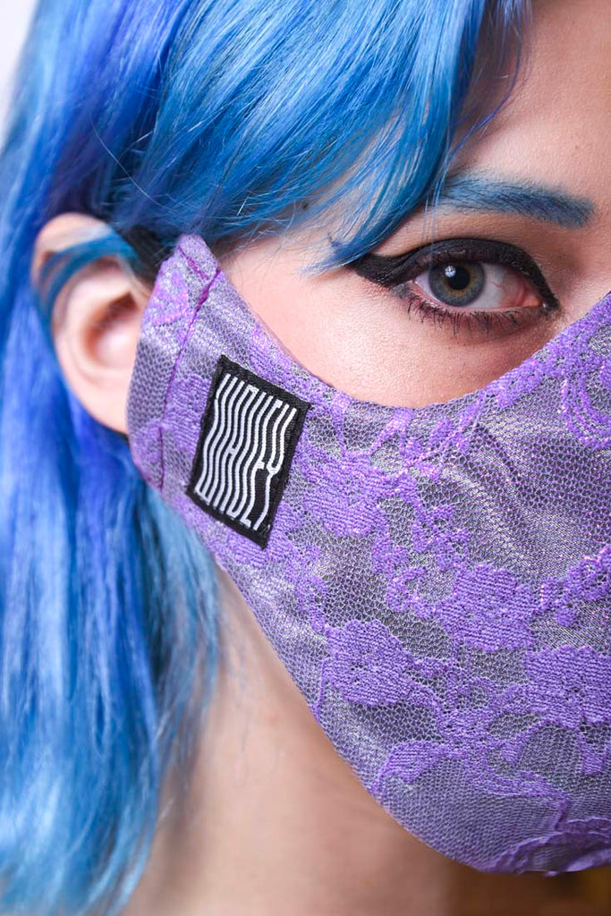 Lilac Lace Wavey Facemask