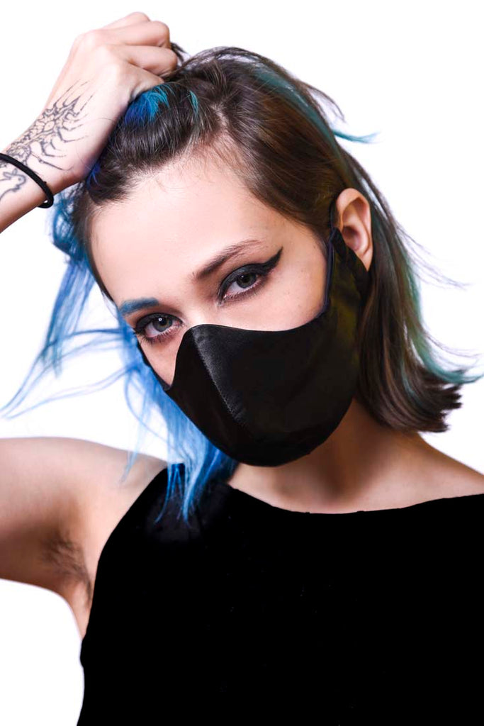 Black Silk Wavey Facemask