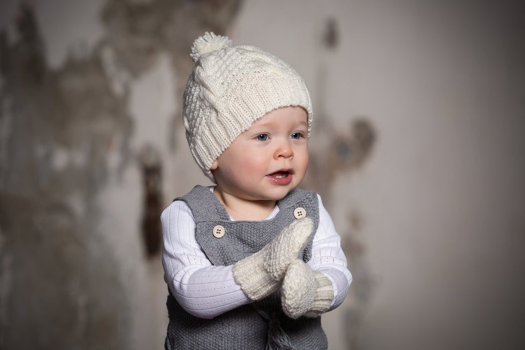 Vines Infant Beanie and Mittens Gift Set Cream