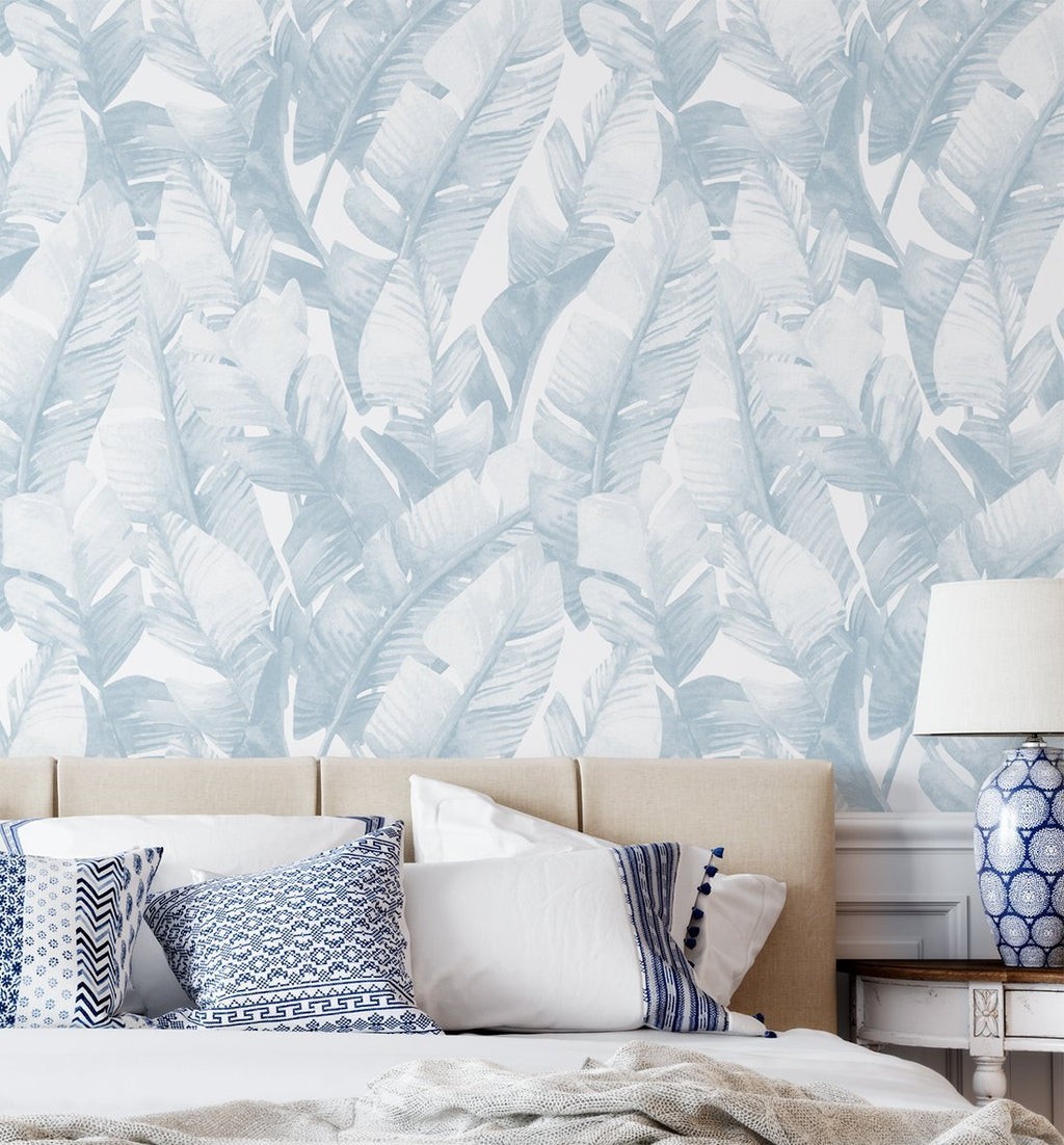 Banana Leaf Palms | Hamptons Blue Wallpaper - Olive et Oriel