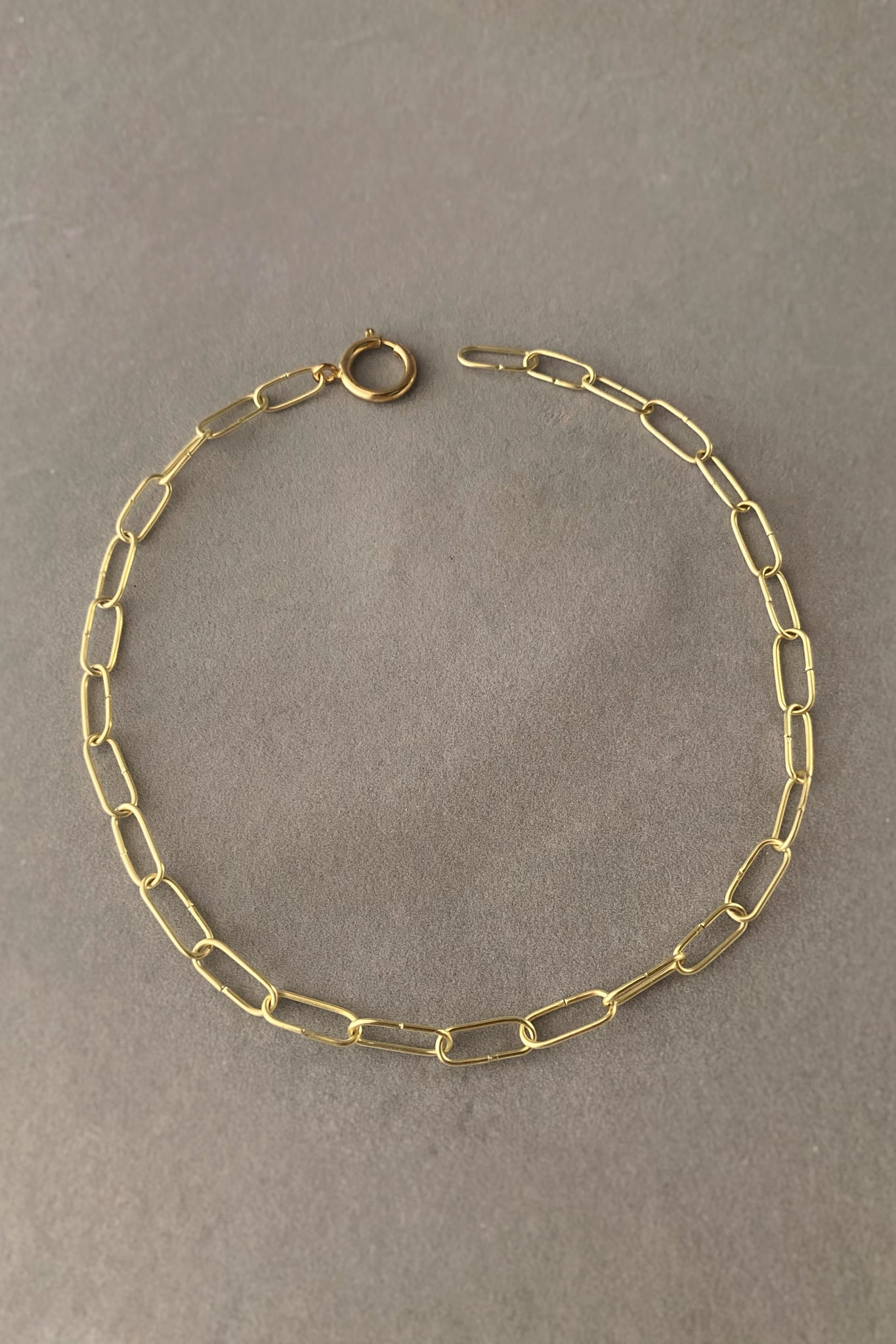 Alitsal Necklace
