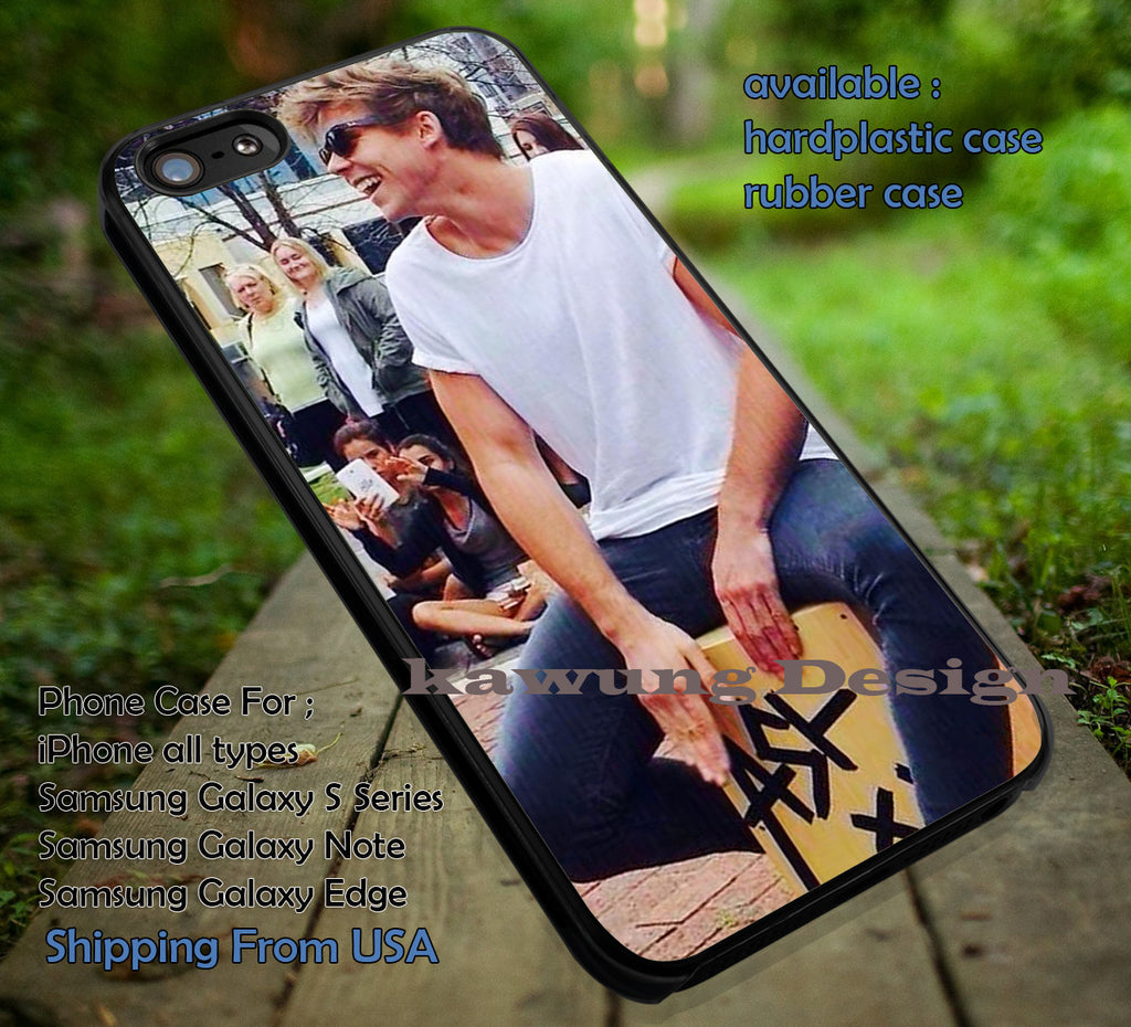 Ashton Irwin on The Street iPhone 6s 6 6s+ 5c 5s Cases Samsung Galaxy s5 s6 Edge+ NOTE 5 4 3 #music #5sos dt - Kawung Design  - 1