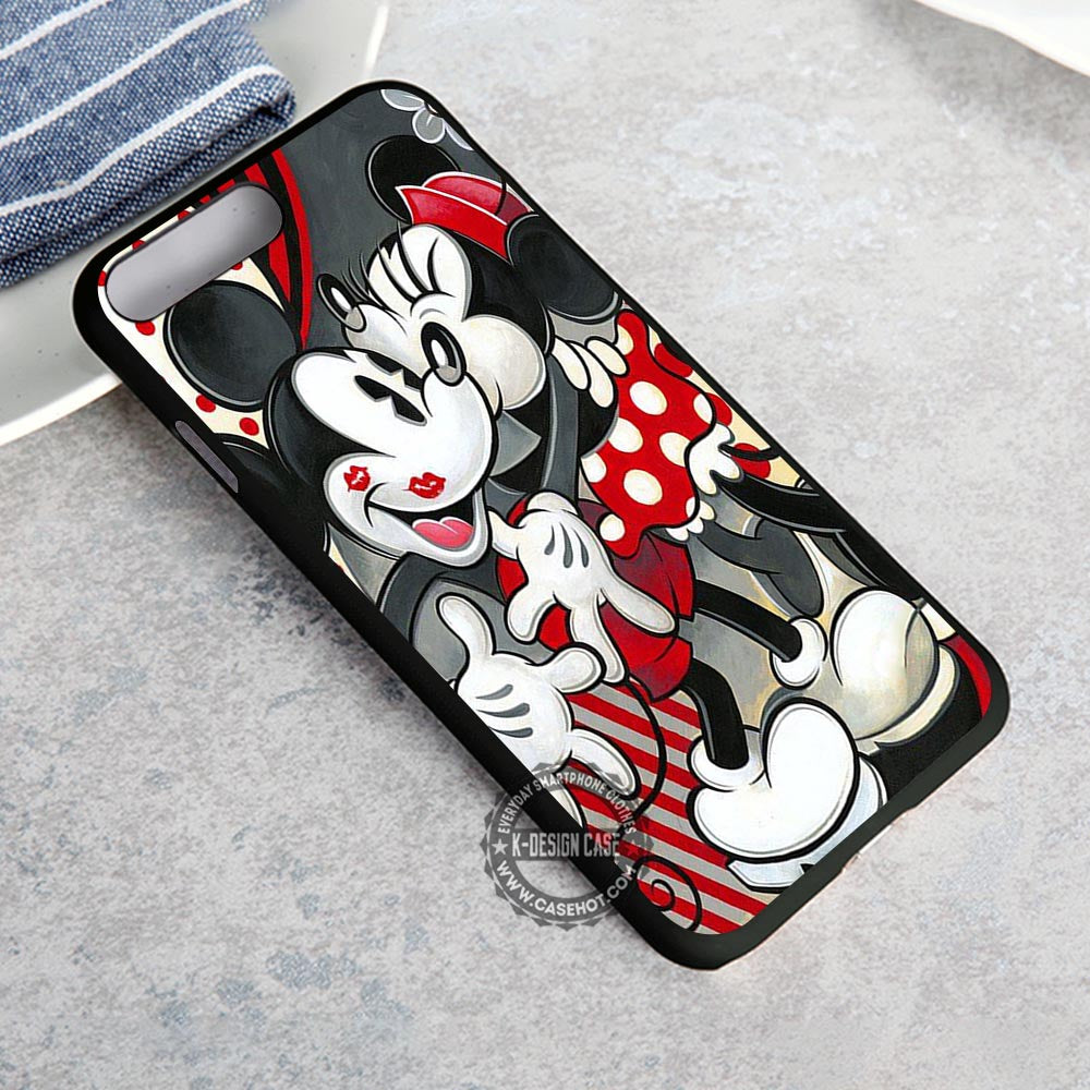 Romantic Couple Kissing Mickey Mouse iPhone 8 Plus Case