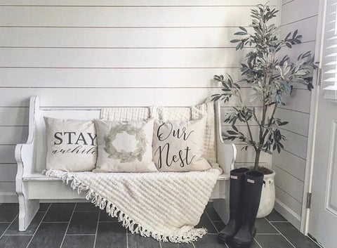entryway-linen-ivory-pillow