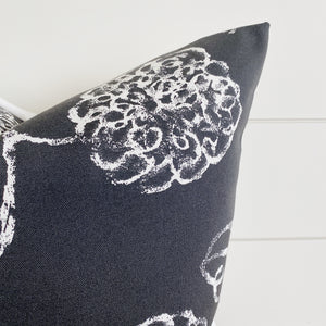 """Kylie"" Black & White Indoor/Outdoor Pillow Cover"