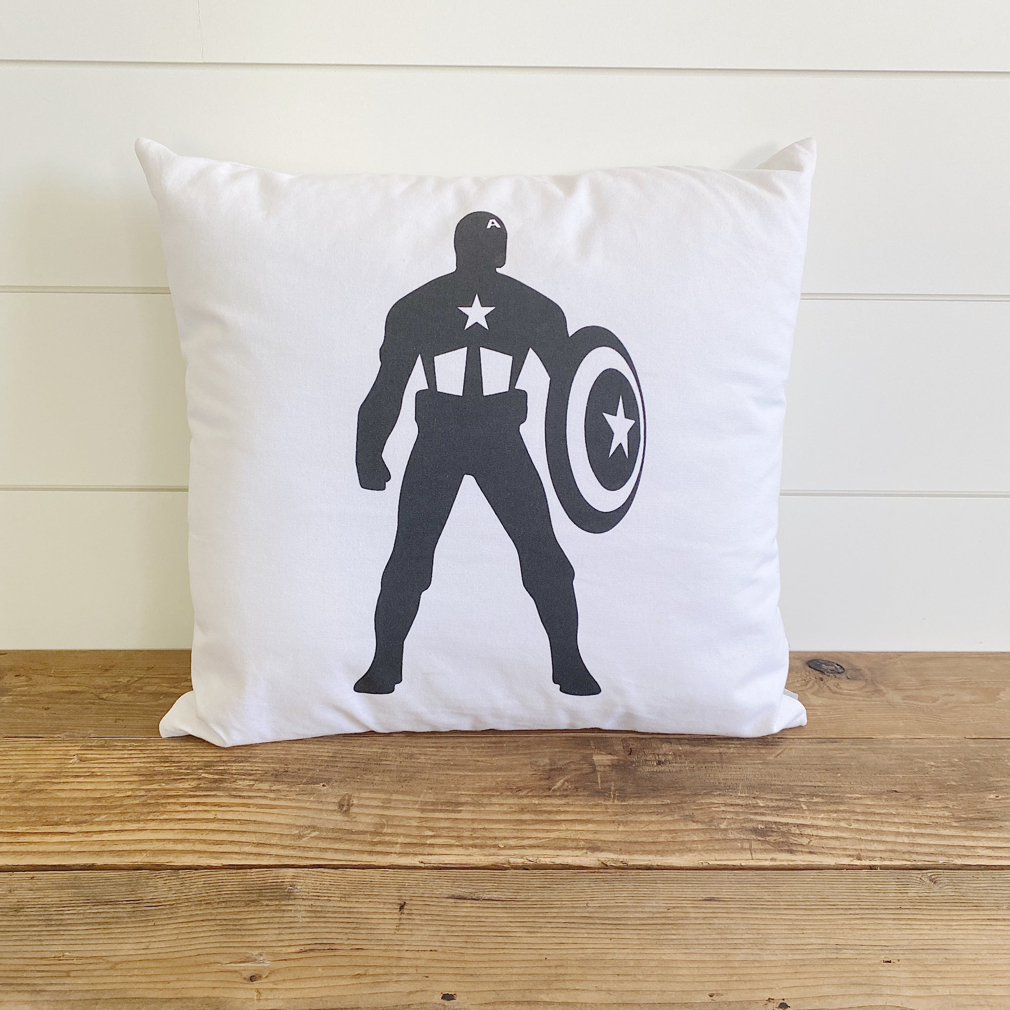Vintage Captain America Pillow Cover (Design 2)