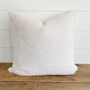 """Hadley"" Fur Pillow Cover (PRE-ORDER) - Linen and Ivory"