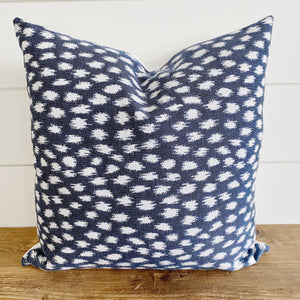 """Emory"" Indigo with Ivory Ikat Indoor/Outdoor Pillow Cover"