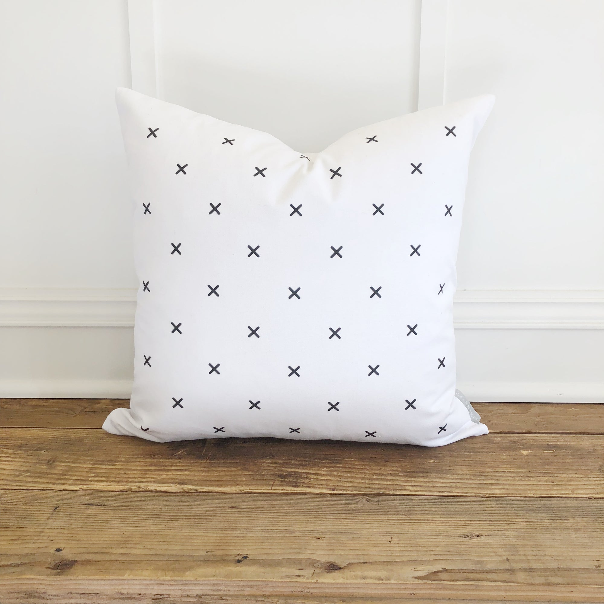 X Pattern Pillow Cover - Linen and Ivory