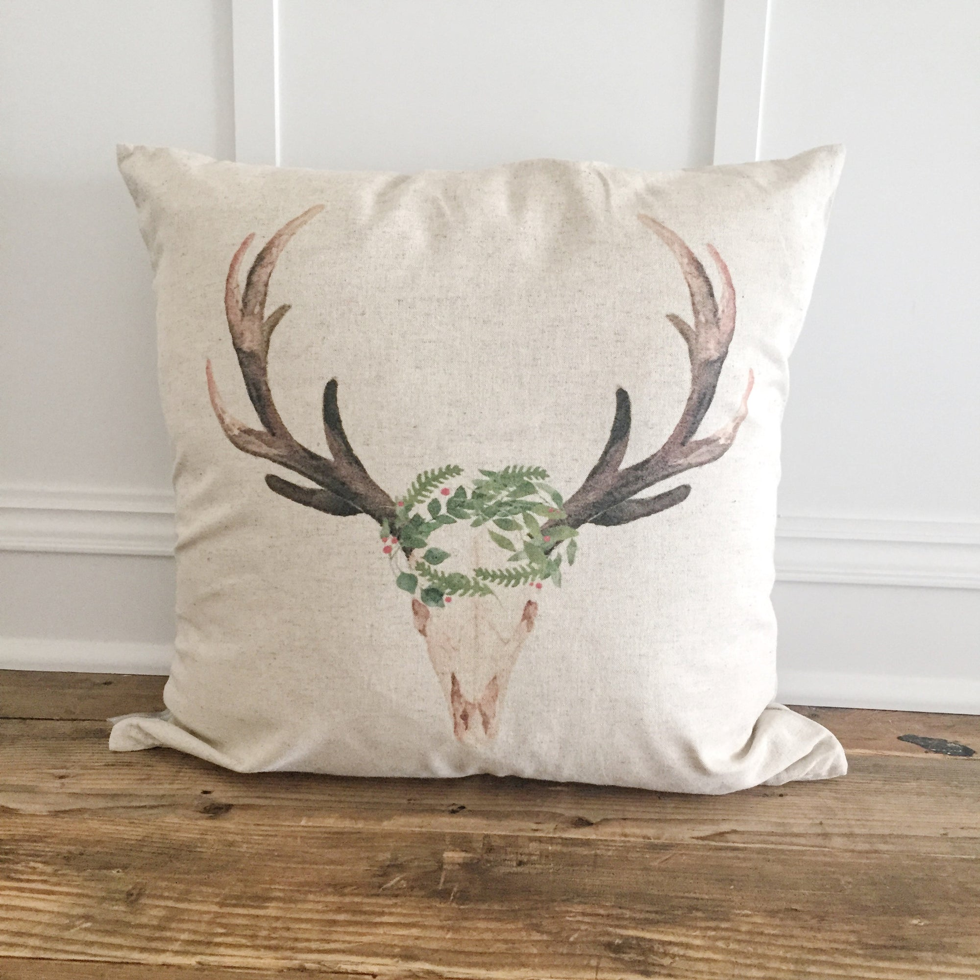 Aztec Deer Pillow Cover (Holiday) - Linen and Ivory