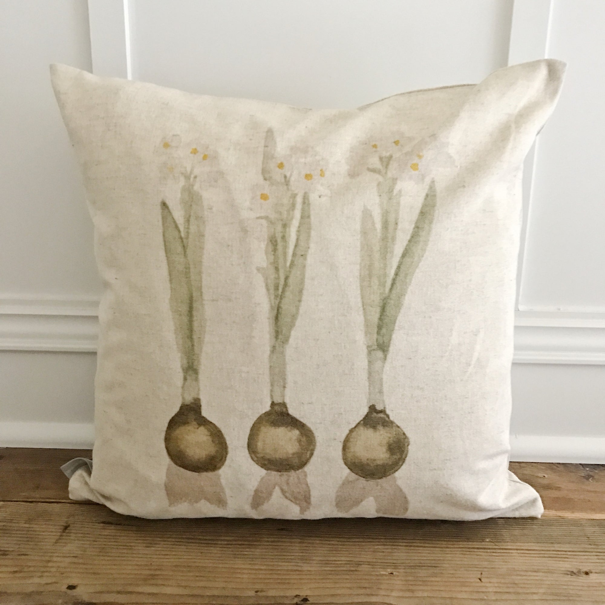 Watercolor Paperwhites Pillow Cover - Linen and Ivory