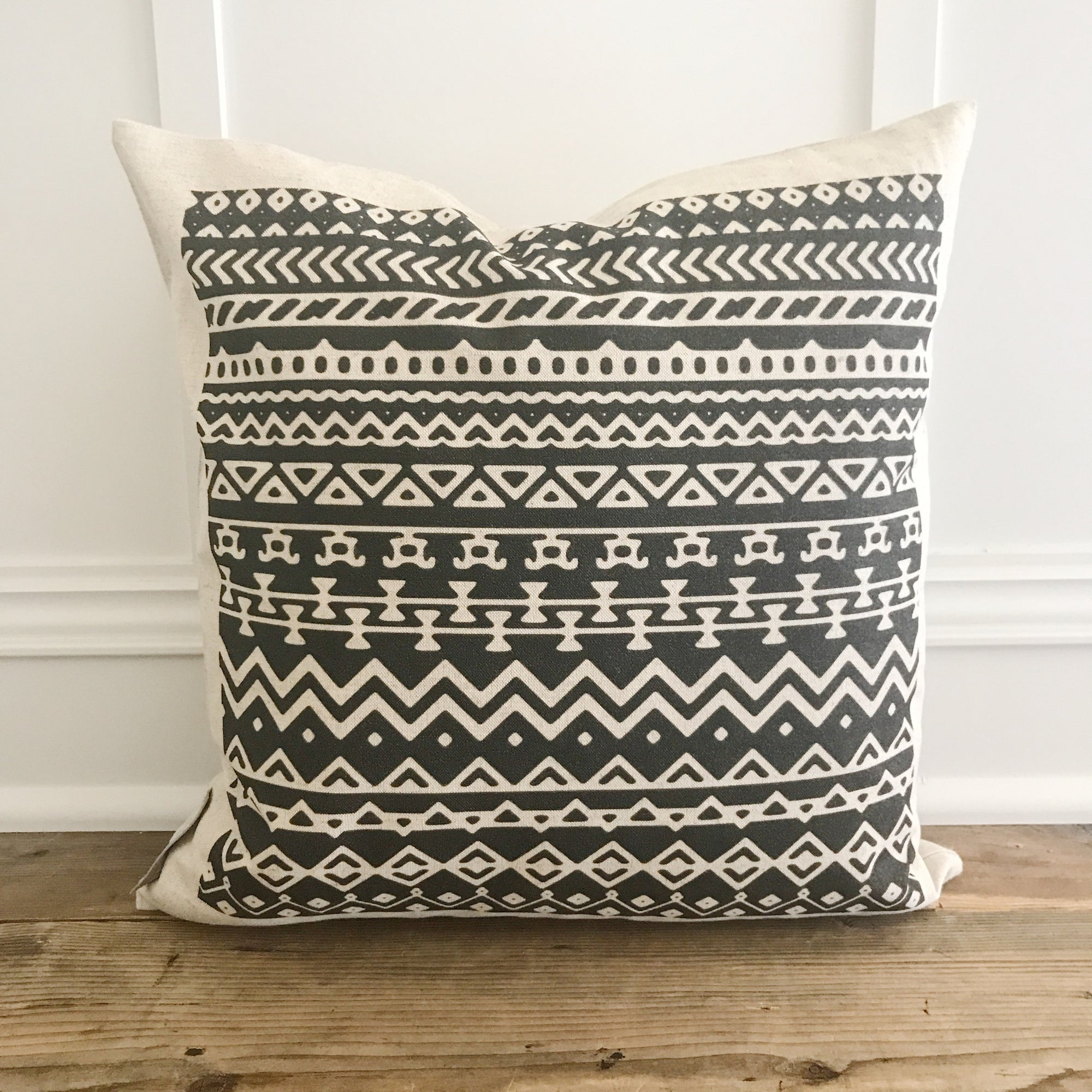 Aztec Pillow Cover (Design 8) - Linen and Ivory
