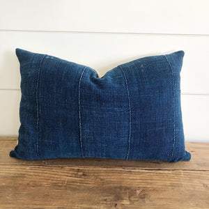"""Audrey"" Indigo (Dark) Authentic African Mud cloth Pillow Cover - Linen and Ivory"