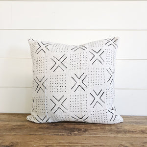"""Lexi"" Authentic African Mud cloth Pillow Cover - Linen and Ivory"