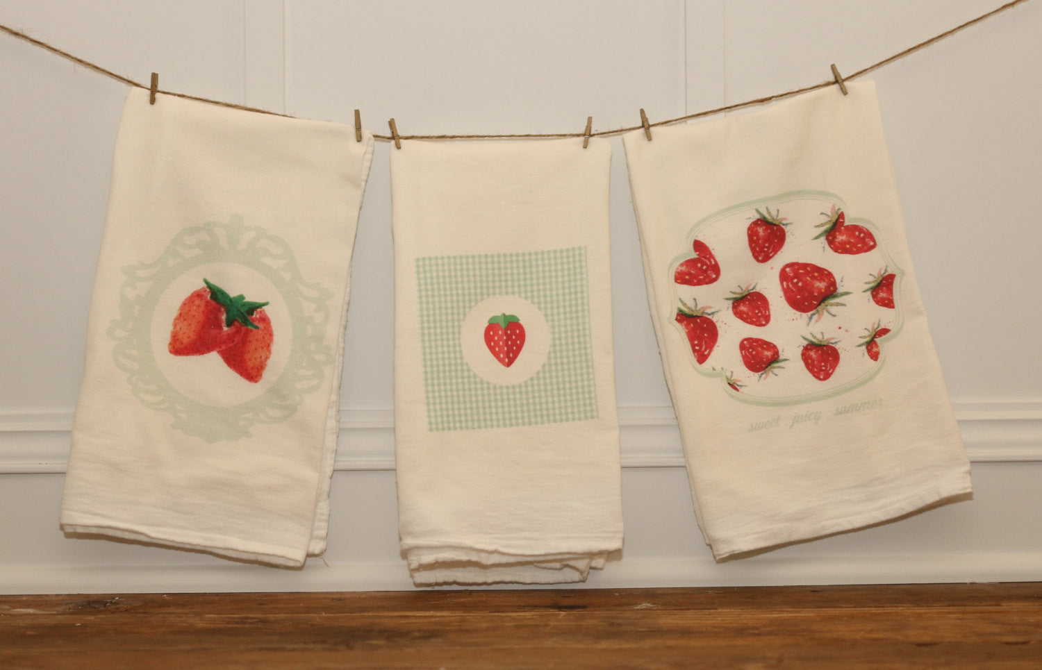Strawberry Tea Towel Set - Linen and Ivory